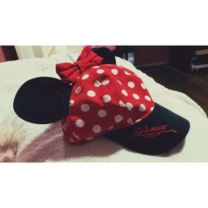 Disneyland Minnie hat